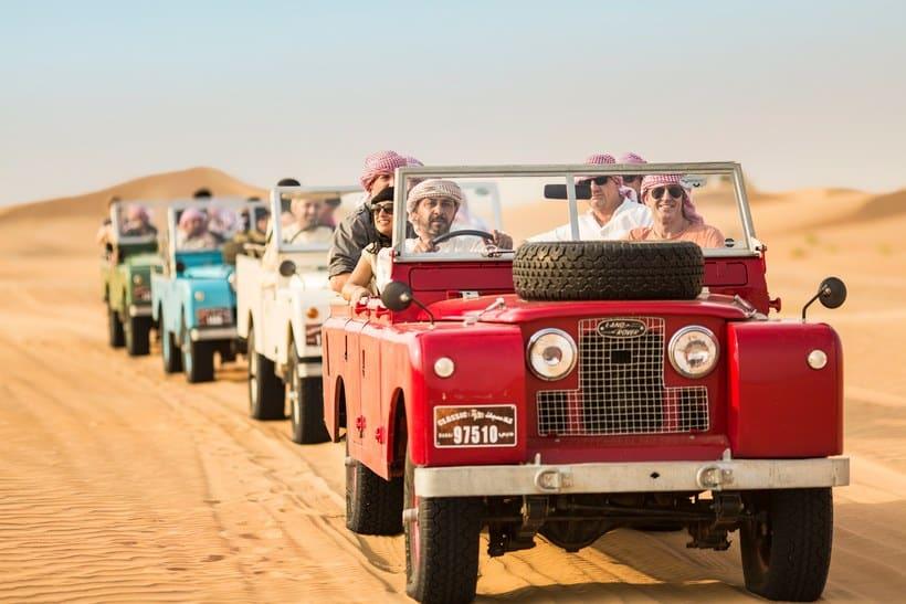 السفاري طوال الليل مع رحلة بالبالون بواسطة Platinum Heritage  رحلة سفاري في صحراء دبي