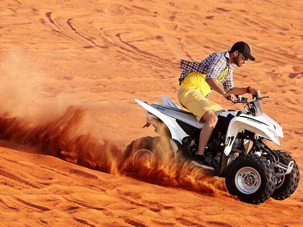 سفاري الدراجات الرباعية بواسطة Red Dunes Desert