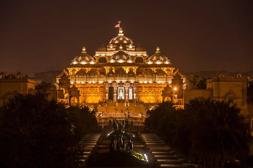Near places to visit in Delhi India
