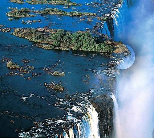 Devil's pool, Victoria Falls, bizarre places to visit