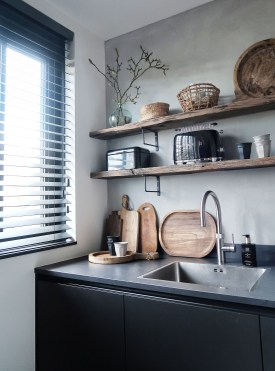 35 Kitchen Shelves Ideas That Make Your Kitchen Look Neat Tips On How To Choose The Right Unit 25