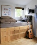 55 Model Bedroom Furniture Design Ideas For Small Functional Spaces 28