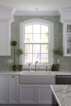 72 Beautiful Kitchen Countertop Ideas with White Cabinets Look Luxurious 2212