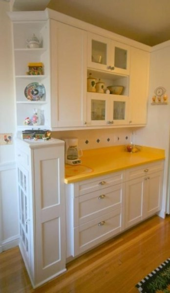 72 Beautiful Kitchen Countertop Ideas with White Cabinets Look Luxurious 2229