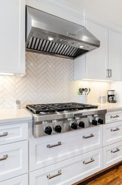 72 Beautiful Kitchen Countertop Ideas with White Cabinets Look Luxurious 2240