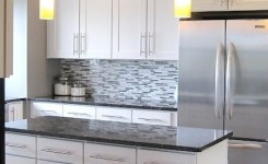 72 Beautiful Kitchen Countertop Ideas With White Cabinets Look Luxurious 5
