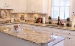 72 Beautiful Kitchen Countertop Ideas With White Cabinets Look Luxurious 59