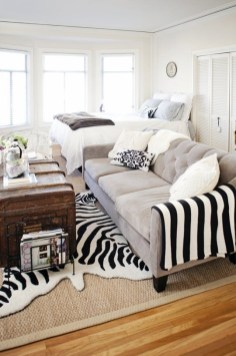 92 Amazing Living Room Designs and Ideas for Your Studio Apartment 2877
