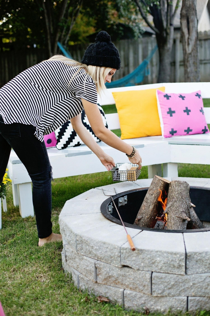 69 Backyard Firepit Design that Inspires - How to Improve Your Landscape with A Backyard Firepit 6442