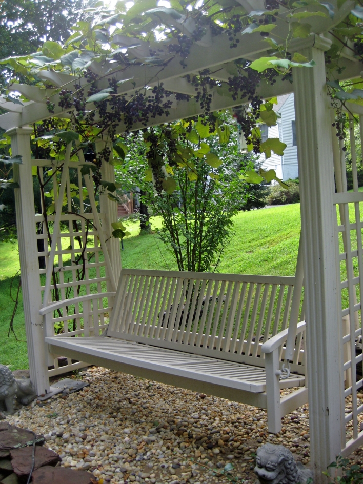 84 Backyard Decoration Ideas for Transform Your Backyard with A Quality Wood Pergola or Arbor 6406