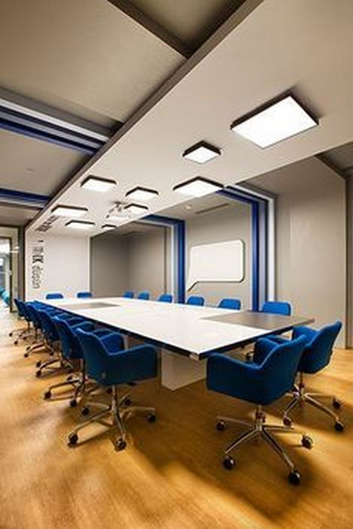 95 Modern Office Decorating Ideas With Inspiring Furniture To Add Style And Functionality To Your Workplace 21