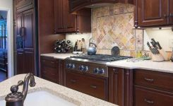 92 Models Of Cherry Kitchen Cabinets Are A Classic Alternative Choice To Meet Your Home Decor 35