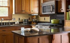 92 Models Of Cherry Kitchen Cabinets Are A Classic Alternative Choice To Meet Your Home Decor 38