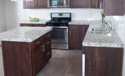 92 Models Of Cherry Kitchen Cabinets Are A Classic Alternative Choice To Meet Your Home Decor 59