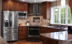 92 Models Of Cherry Kitchen Cabinets Are A Classic Alternative Choice To Meet Your Home Decor 65