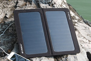 Eceen 13W Solar Charger