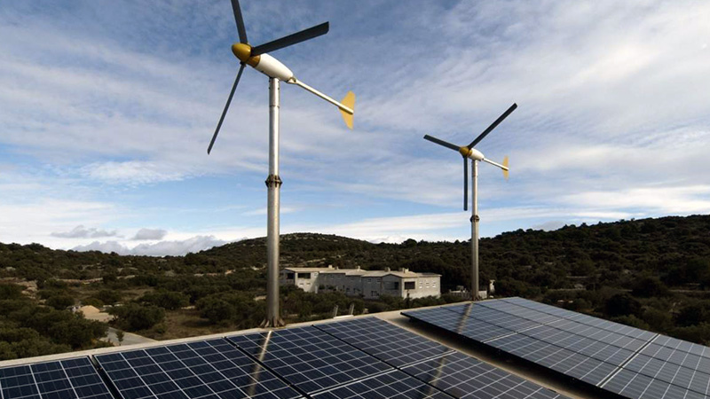 Hybrid Solar and Wind Power Systems