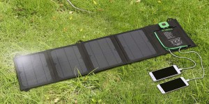 Enkeeo 28W Folding Solar Charger
