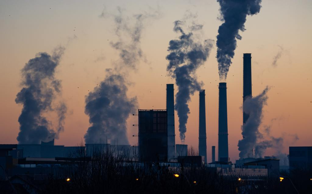 Polluters pledge zero Emissions
