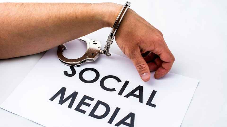 How to stop social media addiction? In this post, you'll find 3 practical and useful ways to stop this addiction, and get productive in your life.