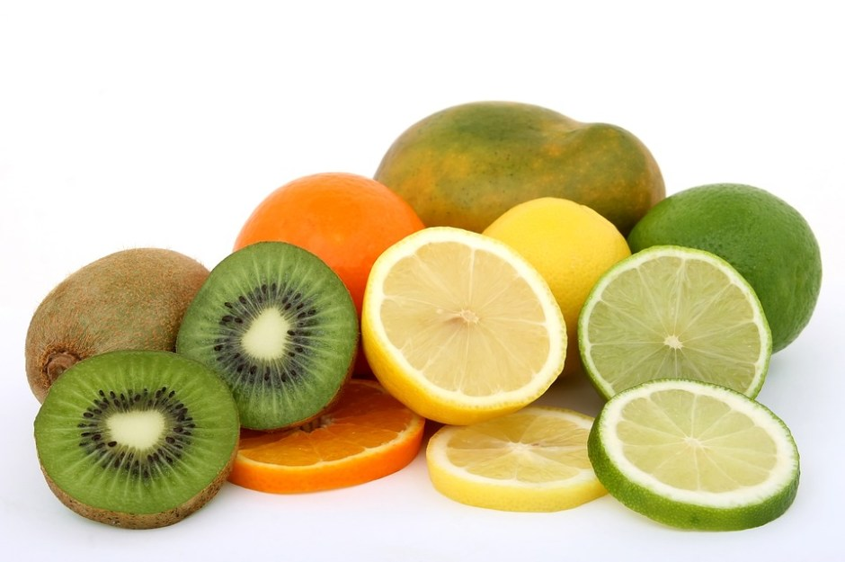 Fruits and veggies to clear blackheads