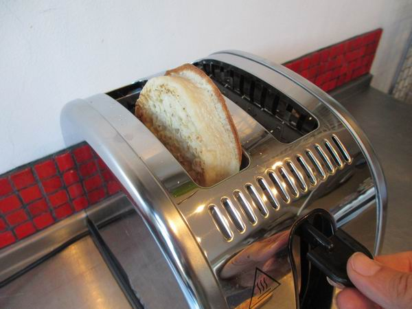 Russell Hobbs Legacy Toaster 7