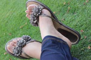 stylish and beautifull shose girls facebook display pictures