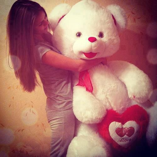 teddy bear with girls cool facebook display pictures and timeline pics