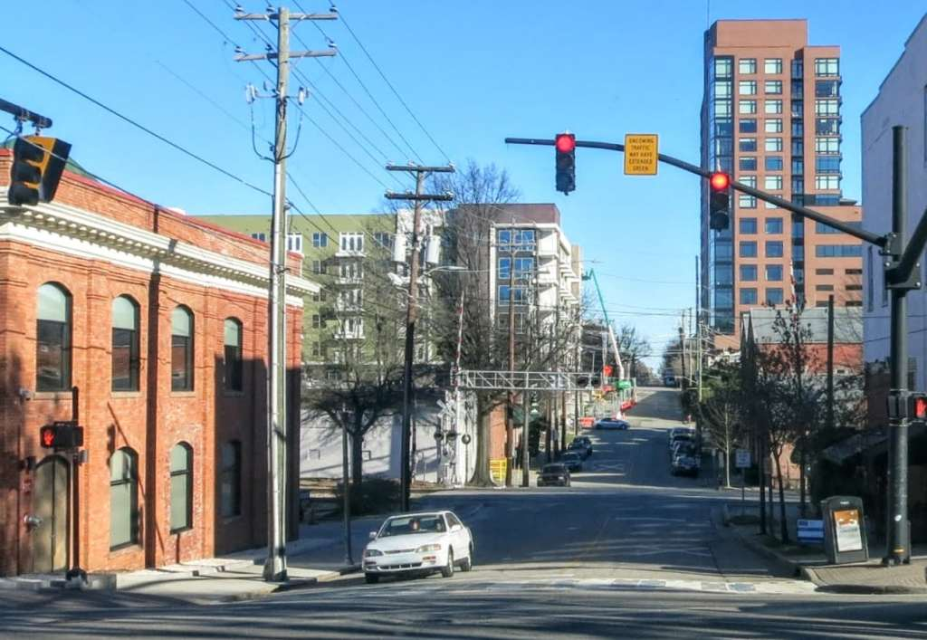 downtown raleigh neighborhoods, glenwood south, quorum, link apartments, google building