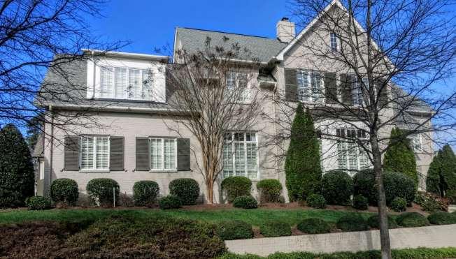 The Oaks at Fallon Park , Best Raleigh Neighborhoods, Inside the Beltline, Five Points