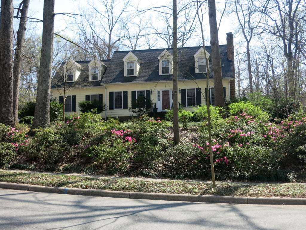 Hickory Hills, Steinbeck and Webster, Best Raleigh Neighborhoods, Midtown, Hickory Hills