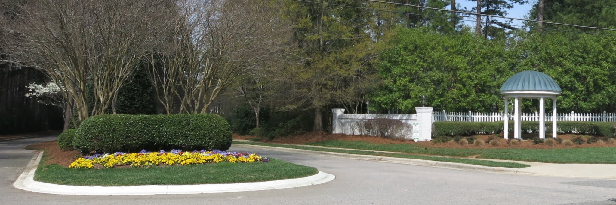 Bent Tree Entrance from Strickland Road, Best Raleigh Neighborhoods, Midtown, Bent Tree