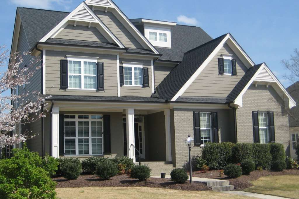 2512 Stonehenge Park, Best Raleigh Neighborhoods, Midtown, Stonehenge