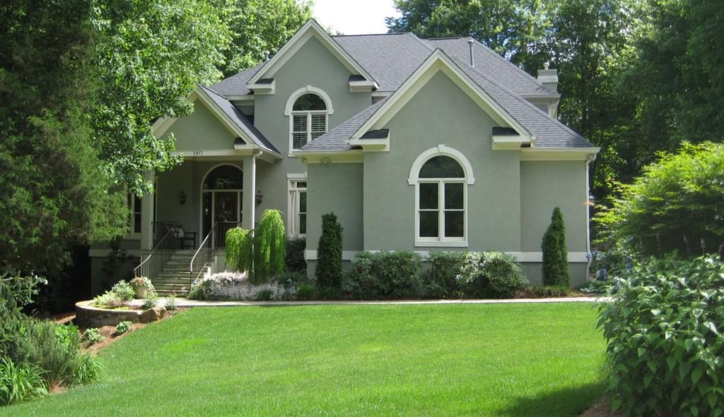2817 Hawtree Drive, Best Raleigh Neighborhoods, Midtown, Wildwood Green Golf Community