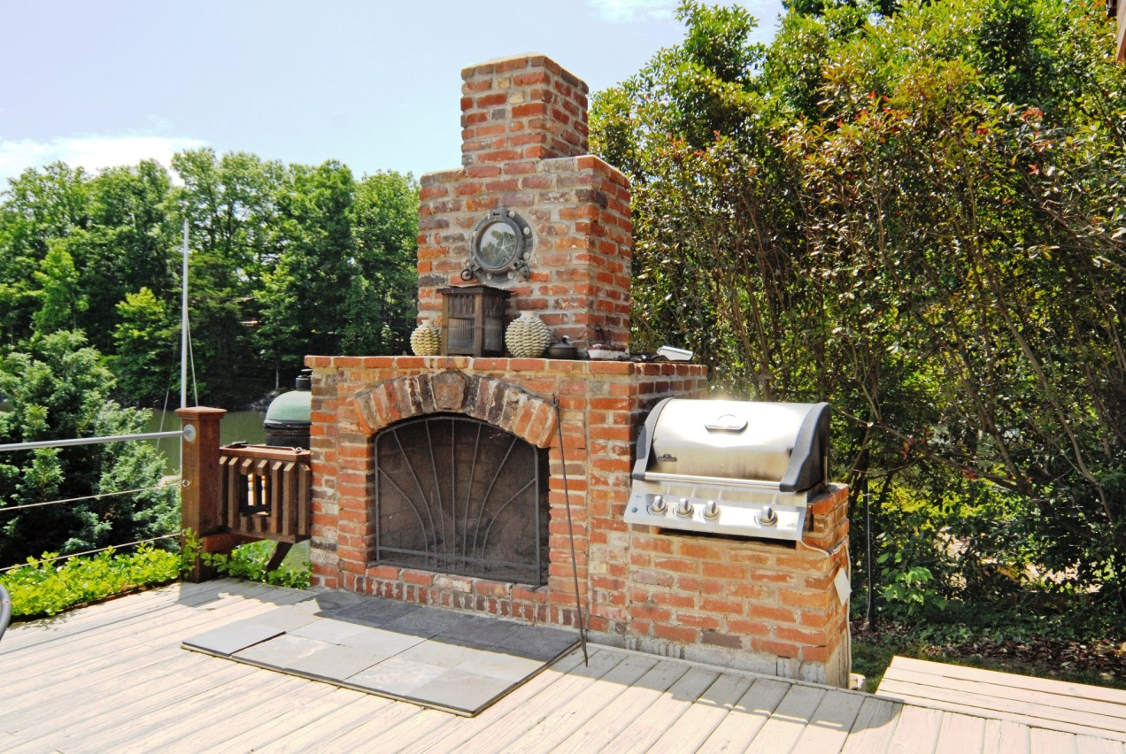 Gorgeous outdoor fireplace and built-in grill - Gorgeous Outdoor Fireplace And Built-in Grill Lake Norman Real