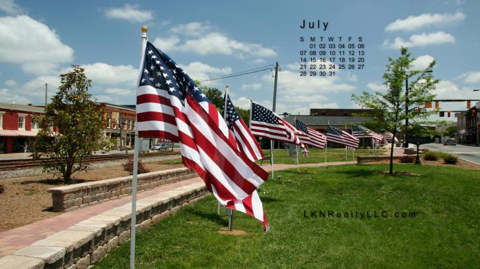 Lake Norman Real Estate's July 2013 Wallpaper Calender