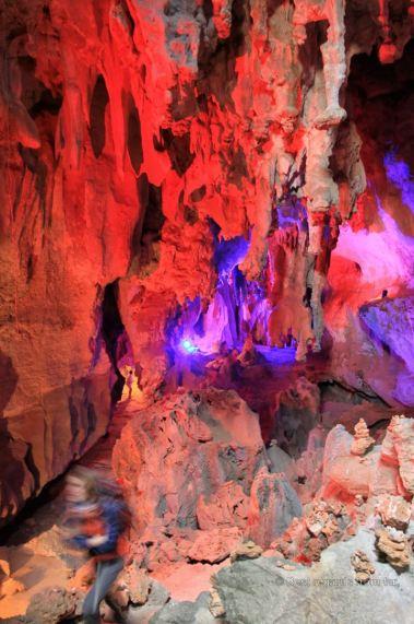 The fun fair part of the Tham Nang Aen cave, the loop, Laos
