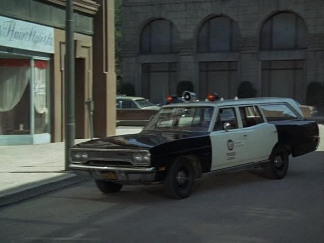 Cop Cars - Adam12 1970 Plymouth Belvedere Wagon