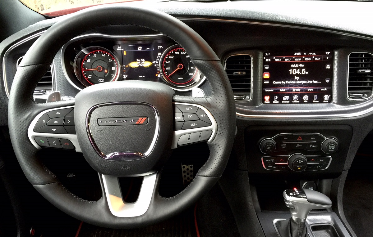 2015 Dodge Charger RT Scat Pack Dashboard