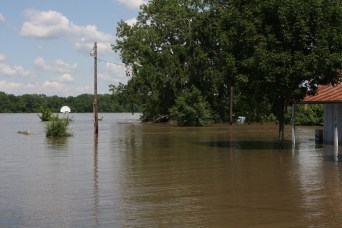 Flooding of the Mississippi at Clarksville, MO.