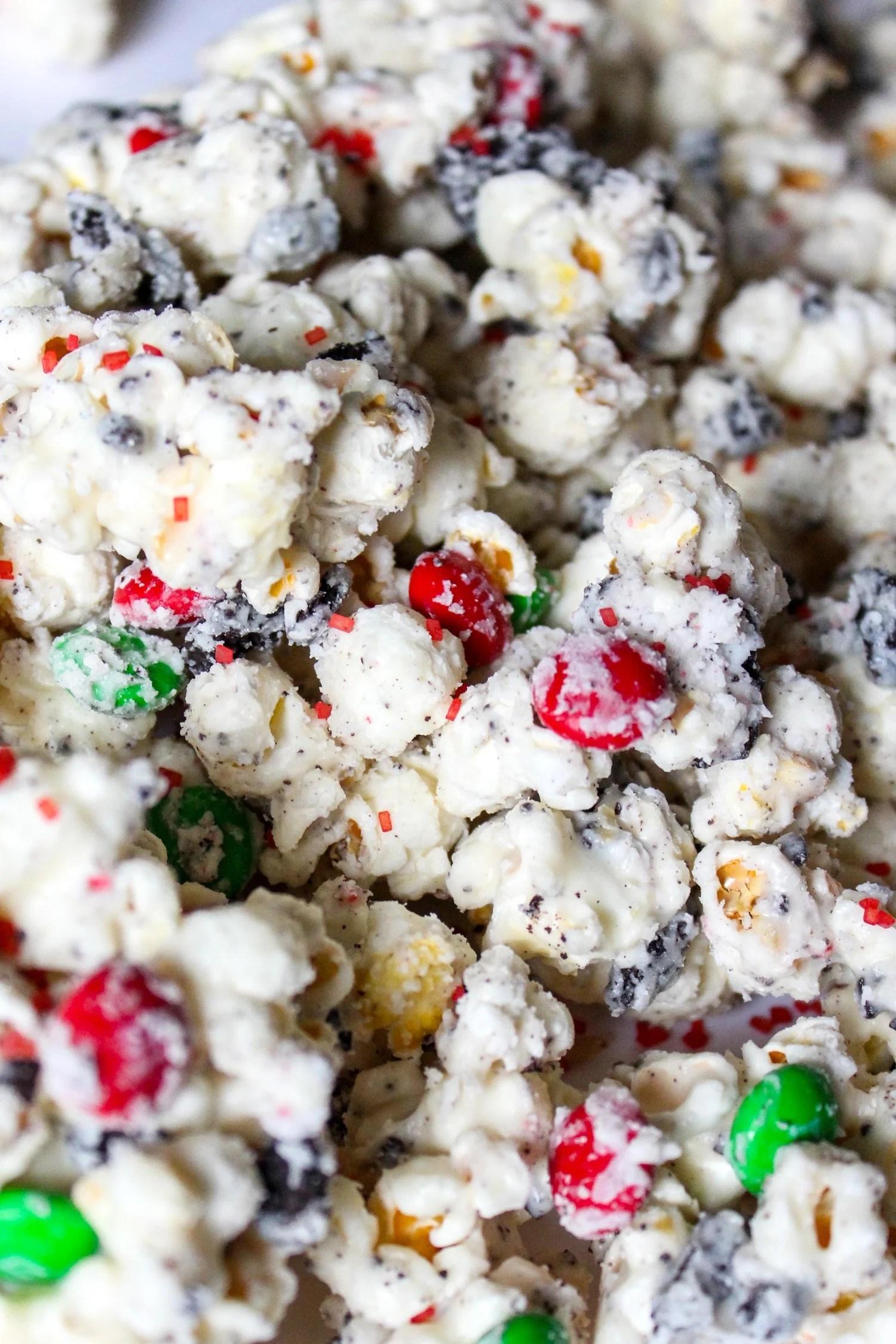 christmas-cakebatter-popcorn