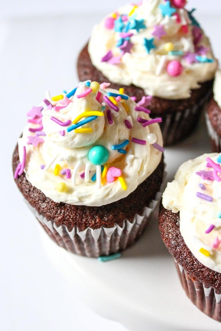 chocolate-fudge-cupcake