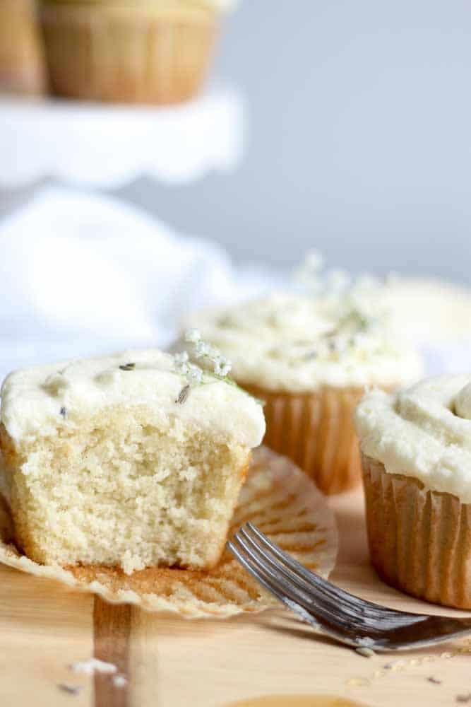 lavendar-vanilla-cupcake-with-honey-buttercream25