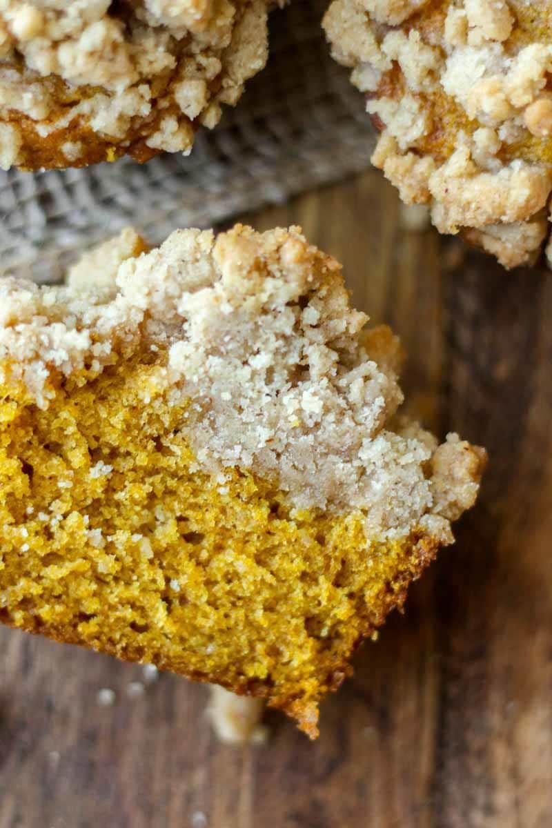 pumpkin-streusel-muffins11