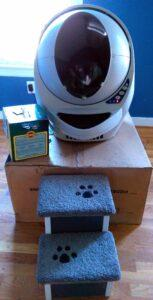 the litter robot in action