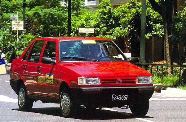 Fiat Duna Argentina 1995. Picture courtesy of testdelayer.com.ar