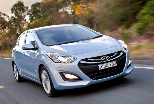 Hyundai i30 Australia June 2013