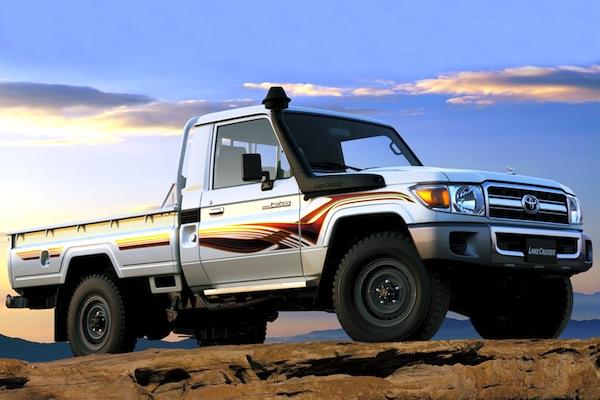 Toyota Land Cruiser Pick-up 2012