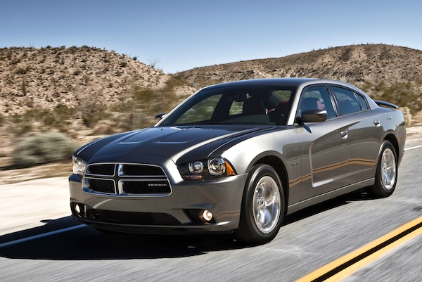 Dodge Charger Kuwait 2012