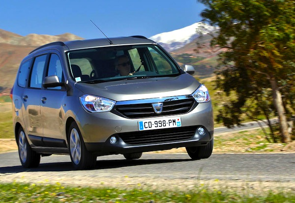 Dacia Lodgy Spain April 2014